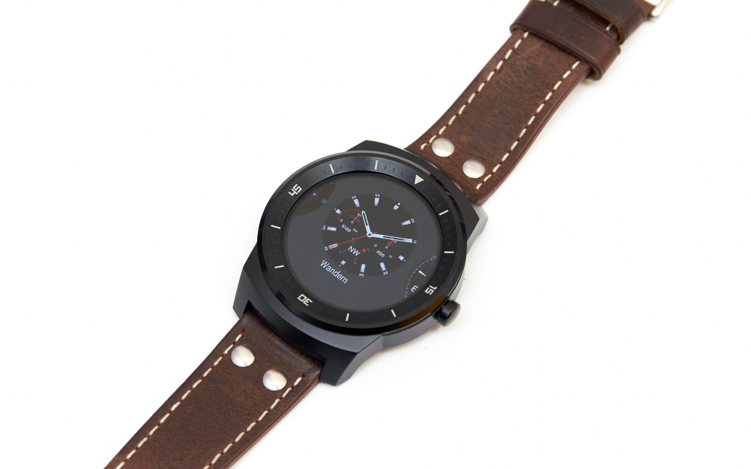 LG G Watch R: Runde Smartwatch mit Android Wear im Test ...