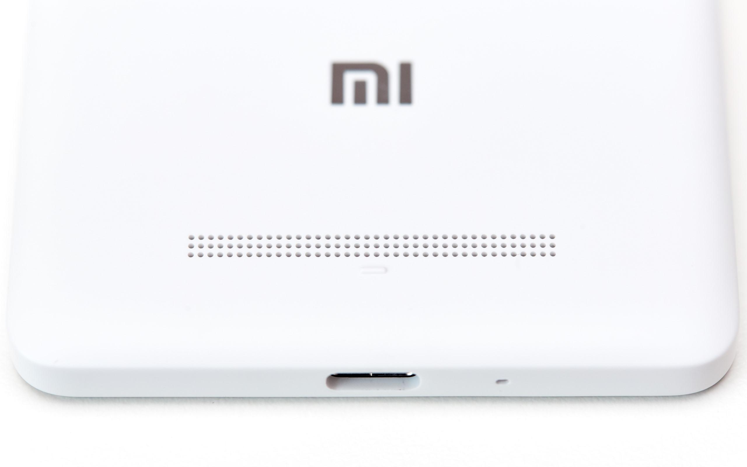 Xiaomi Mi 4c Gnstiges Smartphone Mit Usb Type C Im Test 3gb 32gb White Auf Der Rckseite Vom Finden Wir Den Lautsprecher Vor