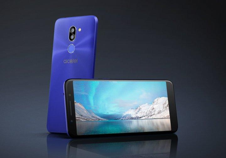 Das Alcatel 3X bietet viel Speicherplatz und eine Dual-SIM-Funktion