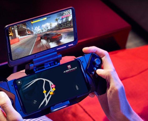 Ein Zubehör für das Asus ROG Phone II ist das sogenannte Twin View Dock II