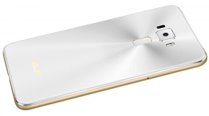 Asus ZenFone 3: 3.000-mAh-Akku im Unibody-Gehäuse
