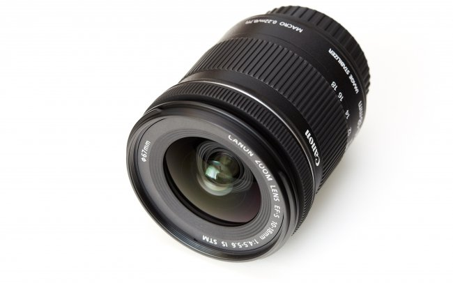 Canon EF-S 10-18 mm f/4.5-5.6 IS STM