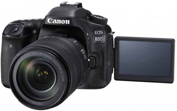 Canon EOS 80D mit dem neuem Kit-Objektiv EF-S 18-135 mm f/3.5-5.6 IS USM [Bildmaterial: Canon]