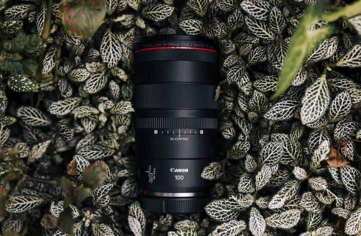 Canon RF 100 mm f/2.8L Macro IS USM [Bildmaterial: Canon Deutschland]