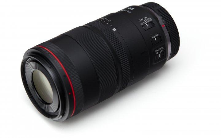 Canon RF 100 mm f/2.8L Macro IS USM: Drei Einstellringe und vier Schalter bieten viele Konfigurationsmöglichkeiten