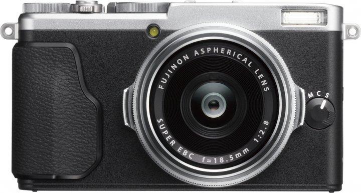 Fujifilm X70: Jetzt auch mit APS-C großem Bildsensor [Bildmaterial: Fujifilm Europe]