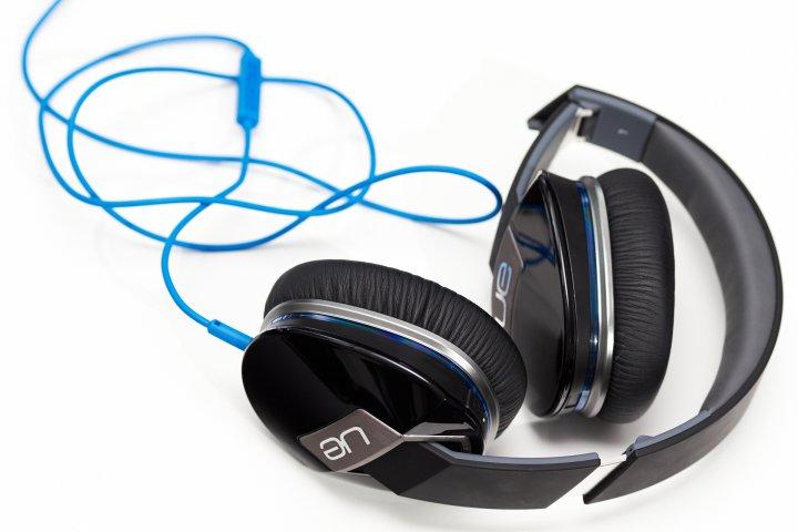 Logitech UE 6000 Kopfhörer mit integriertem AMP und aktiver Rauschunterdrückung (ANC)
