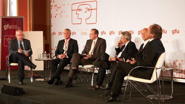 Dr. Andreas Bereczky (Produktionsdirektor des ZDF) über neue Streitthemen beim Thema SmartTV