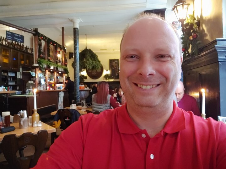 Die Selfie-Kamera des LG G8 X ThinQ löst mit bis zu 32 MP auf