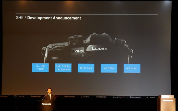 Panasonic Lumix GH5 auf der photokina 2016