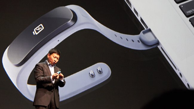 Das Huawei TalkBand B1 soll insbesondere mit dem MediaPad X1 sehr gut arbeiten