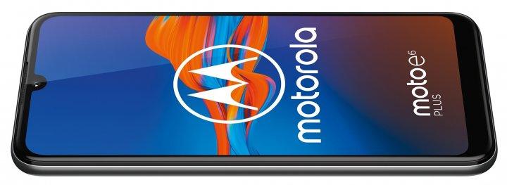 Gesteuert wird das Motorola Moto E6 Plus über ein 6,1-Zoll-HD-Plus-Display