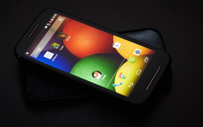 motorola moto e 100 euro smartphone im test. Black Bedroom Furniture Sets. Home Design Ideas