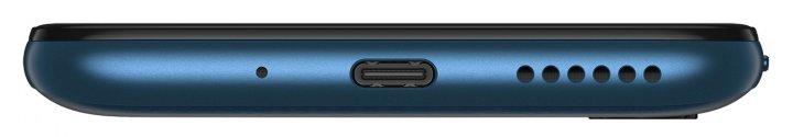 Mit dem mitgelieferten 18-Watt-Netzteil wird das Motorola Moto G8 Power via USB Typ C schnell aufgeladen. Der Lautsprecher-Sound ist deutlich besser als beim Vorgängermodell.