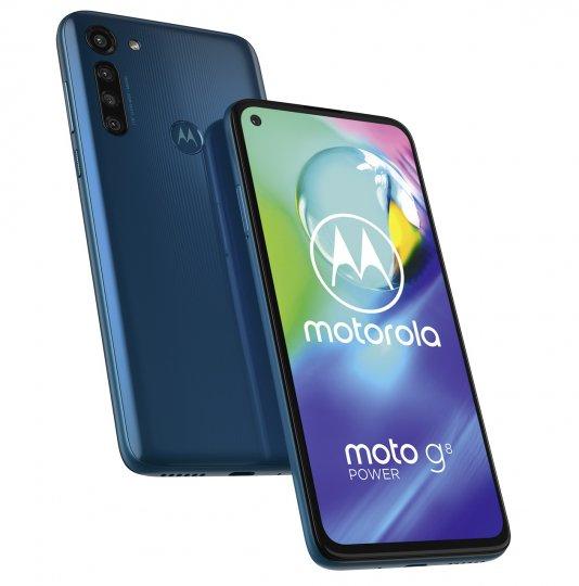 Das Display des Motorola Moto G8 Power ist zwar 6,4 Zoll groß und hat eine Full-HD-Plus-Auflösung, doch es spiegelt stark und der Helligkeitssensor stellt den Bildschirm allzu oft recht dunkel ein