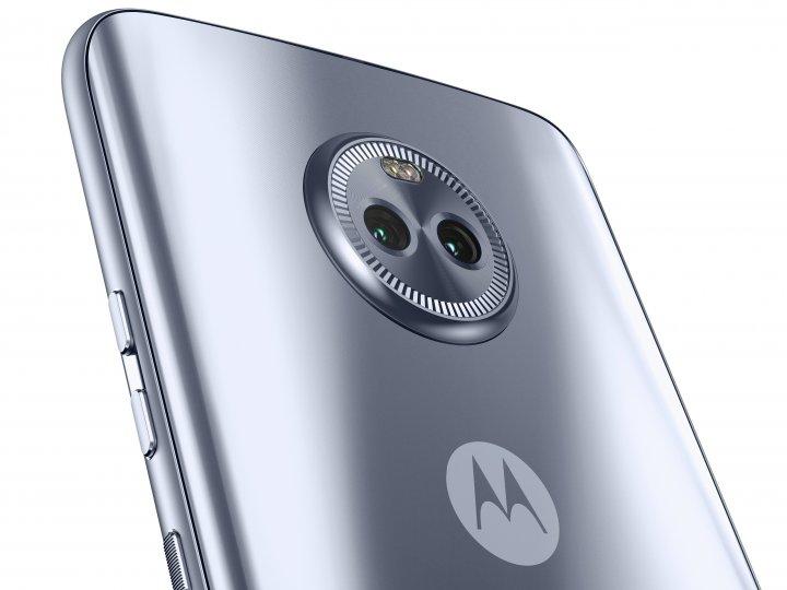 Die Rückseite des Motorola Moto X4 ist anfällig für Fingerabdrücke