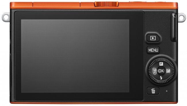 Nikon 1 J4 - Rückseite mit Touch-Display [Bildmaterial: Nikon]
