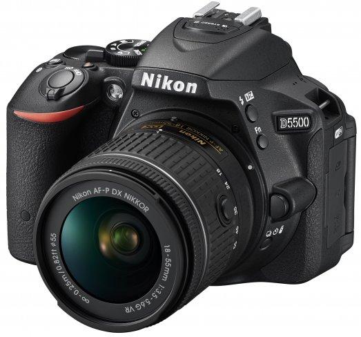 Nikon AF-P DX Nikkor 18-55 mm f/3.5-5.6 VR an Nikon D5500 [Bildmaterial: Nikon Deutschland]