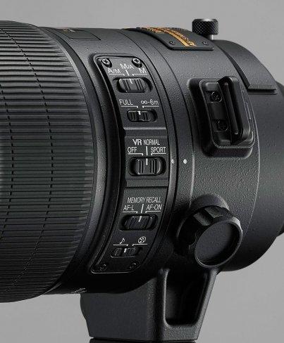 An der Seite des Objektivs finden sich zahlreiche Einstellmöglichkeiten, wie die drei verschiedenen Fokusmodi [Bildmaterial: Nikon]