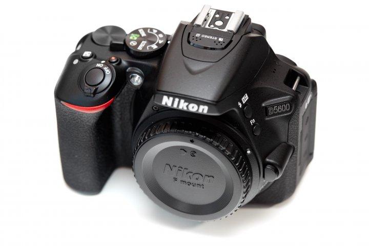 Nikon D5600: Das Gehäuse entspricht 1:1 dem Vorgänger