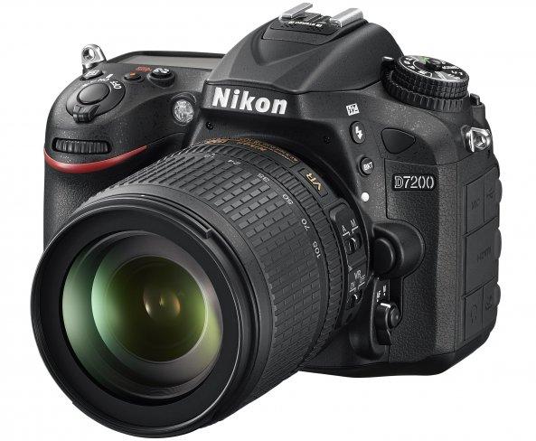 Nikon D7200 mit 18-105 mm VR Kit-Objektiv [Bildmaterial: Nikon]