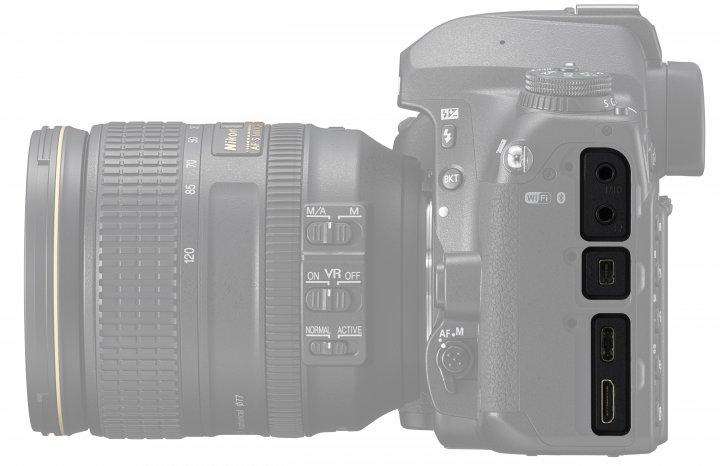 Nikon D780: Die Anschlüsse fallen modern und vielfältig aus [Bildmaterial: Nikon]