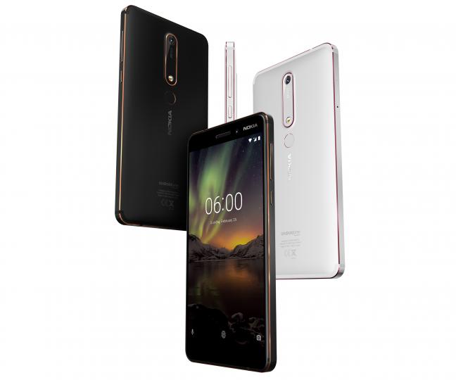 Das Nokia 6.1 steckt in einem kratzfesten Alu-Gehäuse