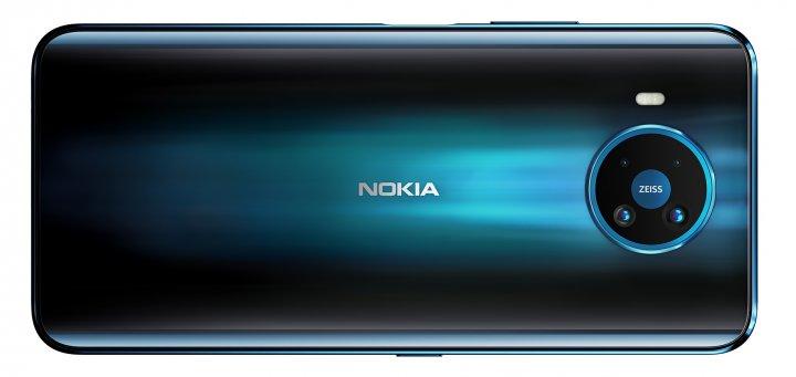 Der Akku des Nokia 8.3 5G hält rund 36 Stunden durch
