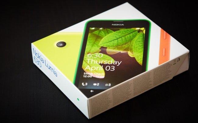 Nokia Lumia 630: Auch die Verpackung hat sich sichtlich verändert