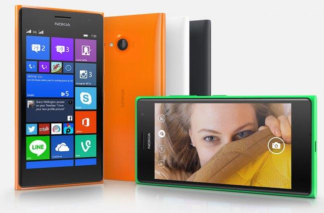 Das Kunststoffgehäuse des Lumia 730 und Lumia 735 orientiert sich gefühlt an vorangegangenen Nokia-Smartphones [Bildmaterial: Nokia]