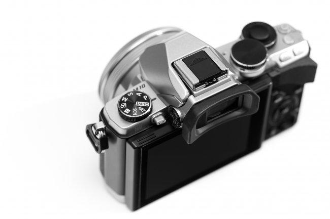 Olympus OM-D E-M10 - Moduswahlrad und elektronischer Sucher (EVF)