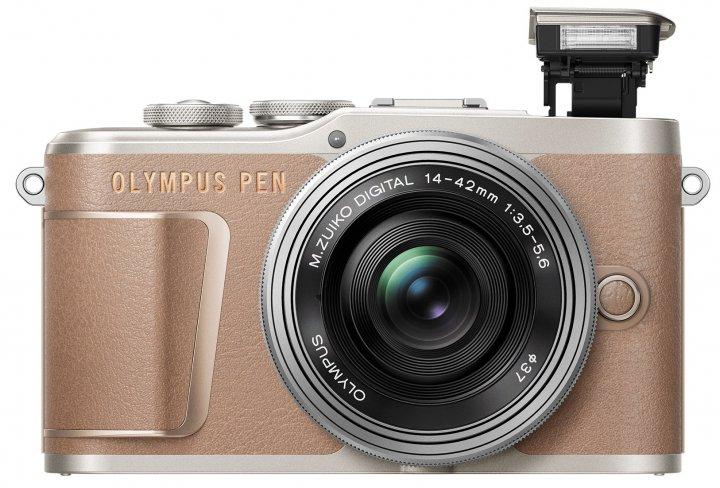 Vom Vorgänger äußerlich nicht zu unterscheiden: Olympus PEN E-PL10 [Bildmaterial: Olympus]