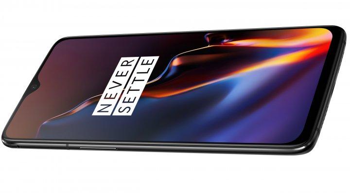 Das Display macht rund 83 Prozent der Vorderseite des OnePlus 6T aus