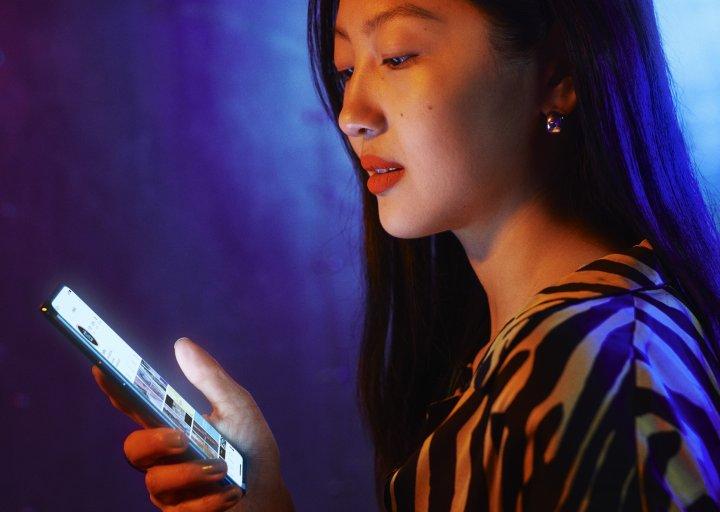Das OnePlus Nord bietet ein gutes Preis-Leistungs-Verhältnis und ein paar Highlights wie das hochauflösende, helle Display