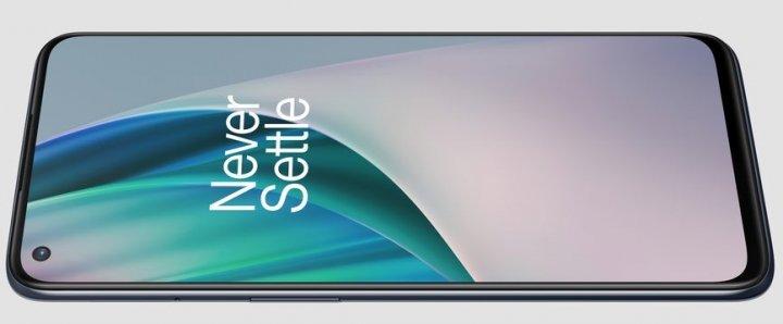 Das Display des OnePlus Nord N10 5G hat eine Pixeldichte von verhältnismäßig hohen 405 ppi, aber man hat öfter Probleme mit dem Helligkeitssensor