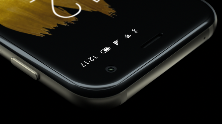Am Gehäuserand des Palm findet sich nur ein An/Aus-Knopf, über den man per Doppelklick Google Assistant starten kann