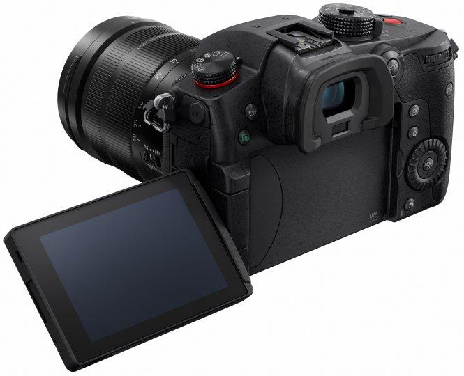 Panasonic Lumix GH5 II: Das Display ist minimal kleiner, dafür heller und hochauflösender geworden [Bildmaterial: Panasonic Deutschland]