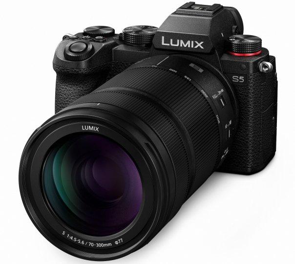 Panasonic Lumix S 70-300 mm F4.5-5.6 Macro O.I.S. [Bildmaterial: Panasonic Deutschland]