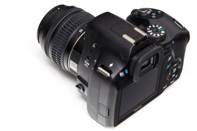 Pentax K-500 mit SMC Pentax-DA L 18-55 mm f/3.5-5.6 AL