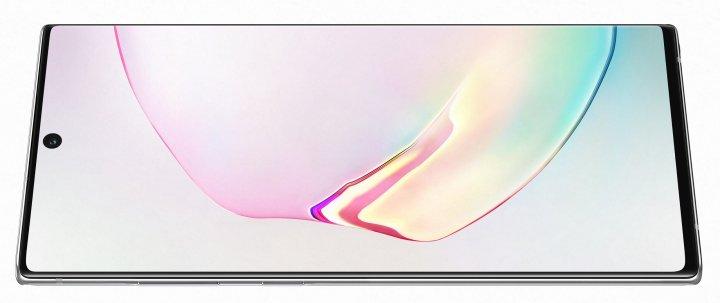 Die Auflösung des 6,8-Zoll-Displays des Samsung Galaxy Note 10+ kann bis auf HD-Plus-Qualität heruntergestuft werden