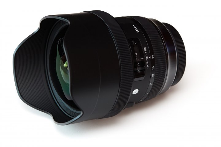Sigma 12-24 mm f/4 DG HSM ART