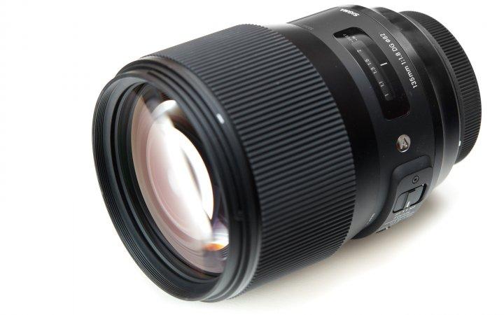 Sigma [A] 135 mm F1.8 DG HSM