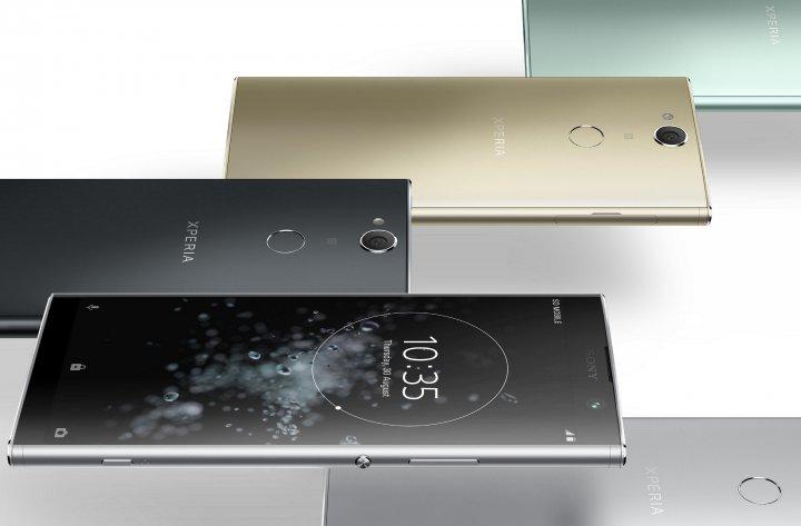 Das Gehäuse des Sony Xperia XA2 Plus ist gut verarbeitet, aber insgesamt ist das Smartphone mit 205 g sehr schwer