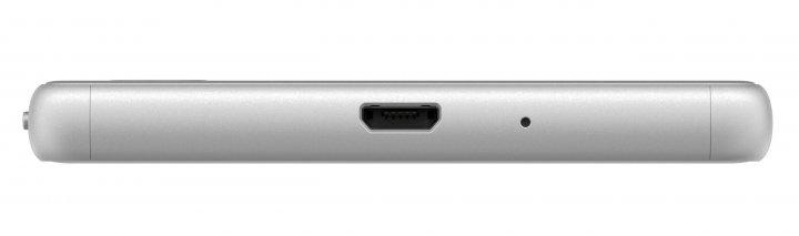 Das Sony Xperia X Performance ist offiziell wasserdicht, das Sony Xperia X nicht