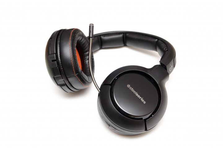 steelseries h wireless gaming headset im test. Black Bedroom Furniture Sets. Home Design Ideas