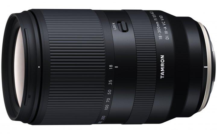 Tamron 18-300mm f/3.5-6.3 Di III-A VC VXD für Fujifilm X [Bildmaterial: Tamron Deutschland]