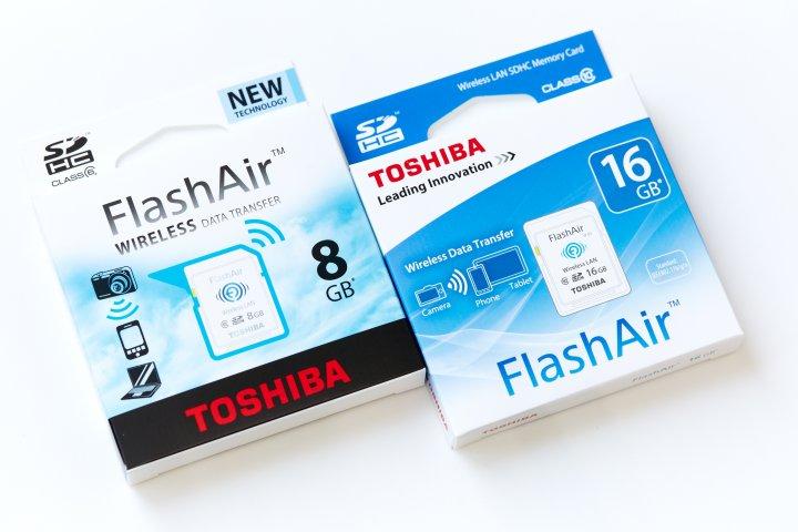Toshiba%20FlashAir%2016%20GB%20Class%2010.jpg