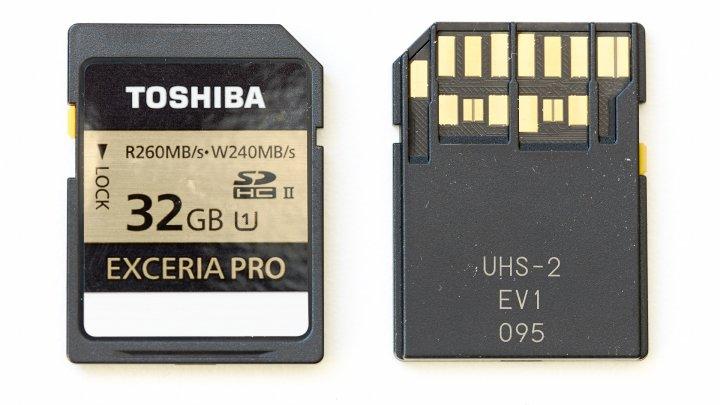 Toshiba Exceria Pro SDHC-Speicherkarte (32 GB) mit UHS-II-Schnittstelle
