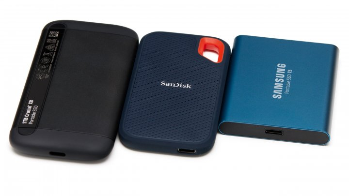 Crucial X8, SanDisk Extreme Portable und Samsung T5 (v.l.n.r.)
