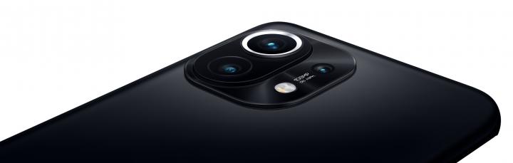 Das Xiaomi Mi 11 hat nicht nur eine Kamera mit hoher Auflösung, sondern kann auch 4G und 5G empfangen